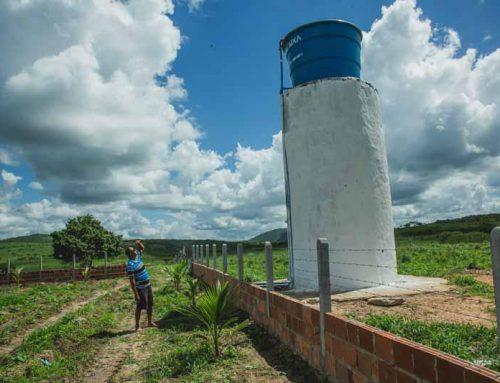 + Água para a população: Prefeitura de Lagarto conclui caixa d`água no Irmã Dorothy
