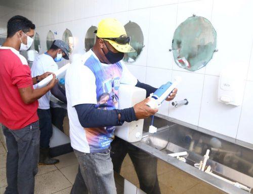 Prefeitura de Lagarto realiza manutenção da câmara frigorífica e banheiros do Mercado